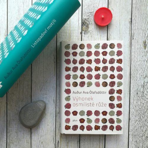 Knihy Výhonek osmilisté růže a Listopadoví motýli
